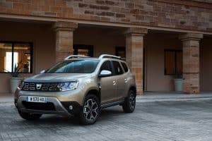 21200111 2017 New Dacia DUSTER tests drive in Greece 300x200 1